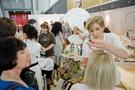 Die COSMETICA präsentiert am 28. und 29. Mai in der Messe Stuttgart die Trends  der Kosmetikbranche – Miss Germany 2011 verbreitet Glamour